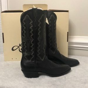 NIB Larry Mahan black leather cowboy boots